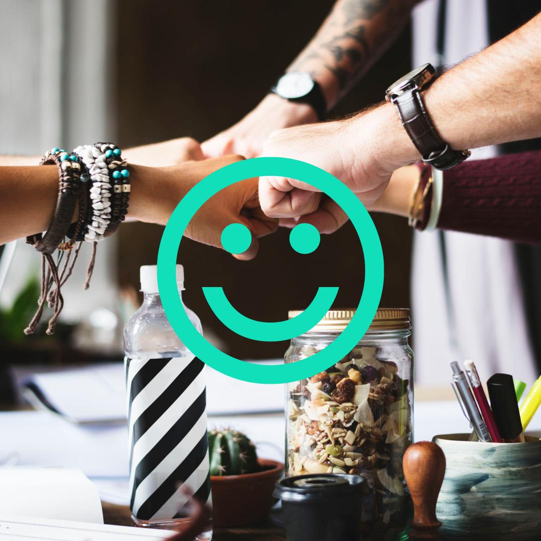 miej szczęśliwy i zaangażowany zespół pracowników dzięki standidesk
