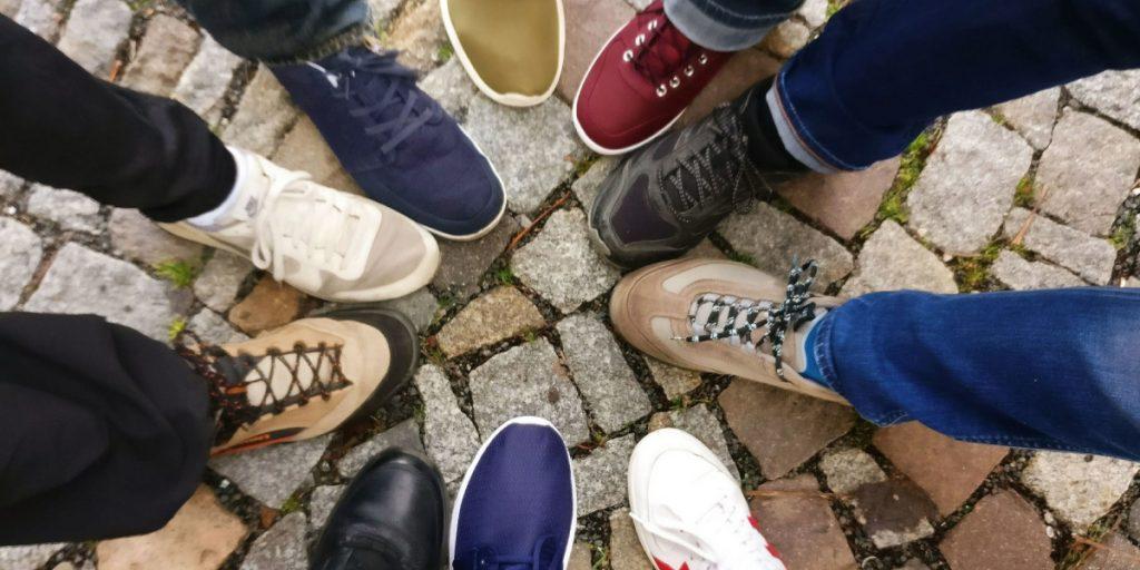jakie obuwie wybrać do pracy_standidesk