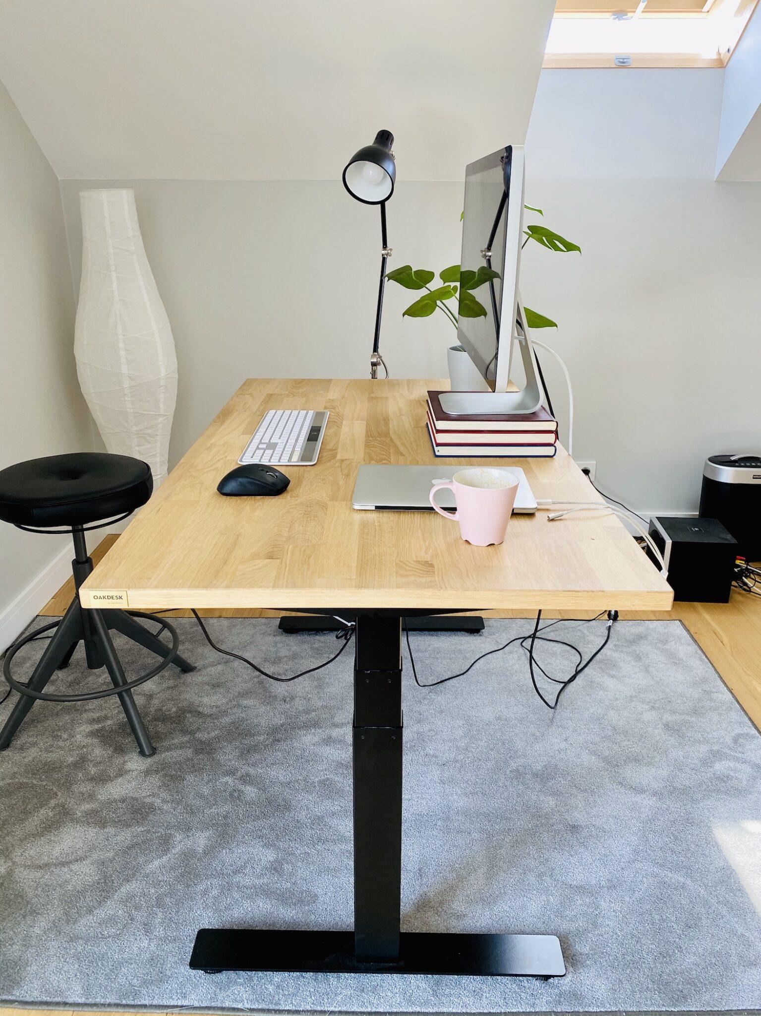 OAKDESK - biurko regulowane elektrycznie z blatem dąb naturalna krawędź premium 19